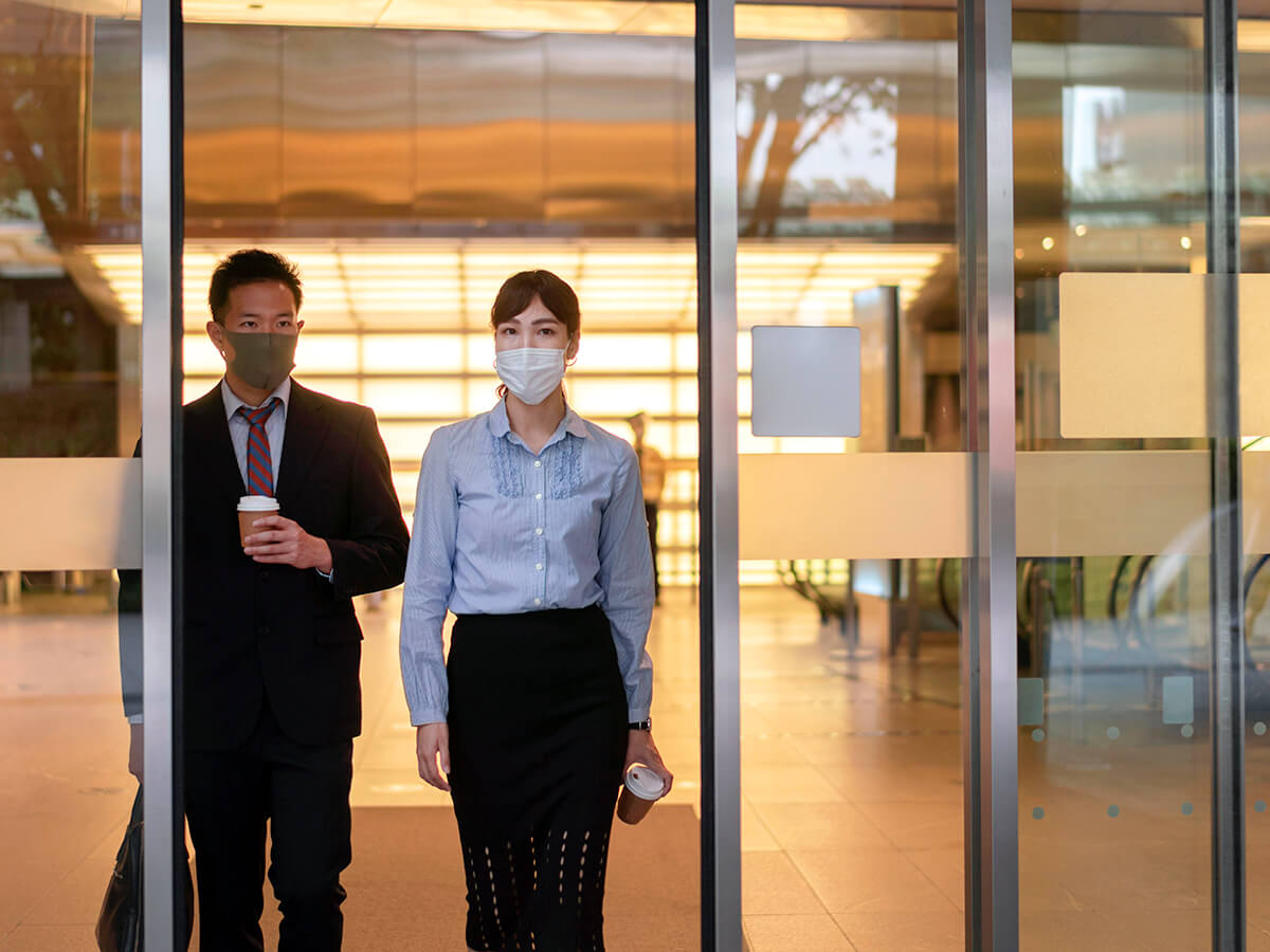 Basic business manners which might be helpful to know before starting your business career in Japan.